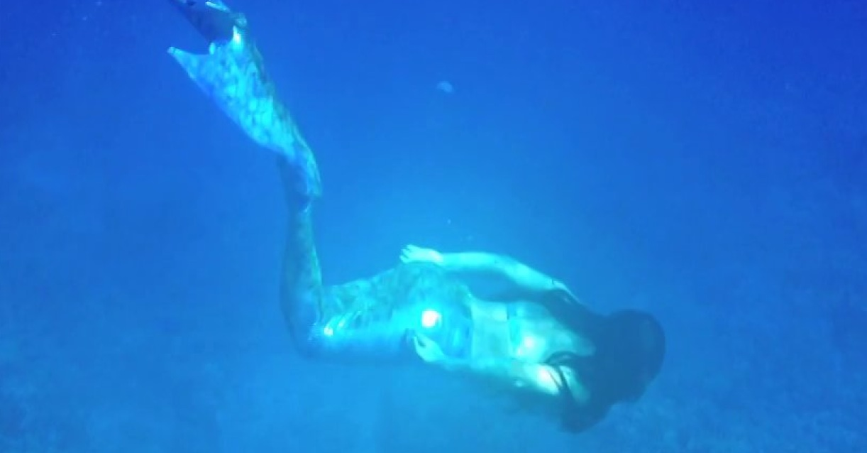 How to shoot underwater video with your mobile