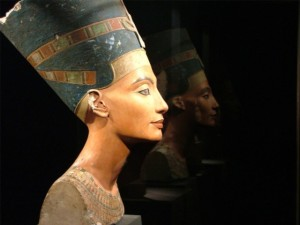 "Discovery Channel's ""Queen Nefertiti"""